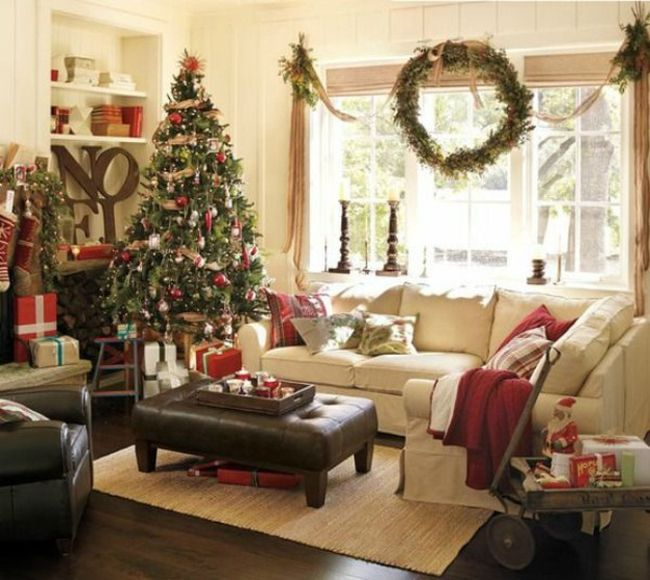 cream and green accented xmas small living room cosy christmas decorations - How To Decorate A Small Living Room For Christmas