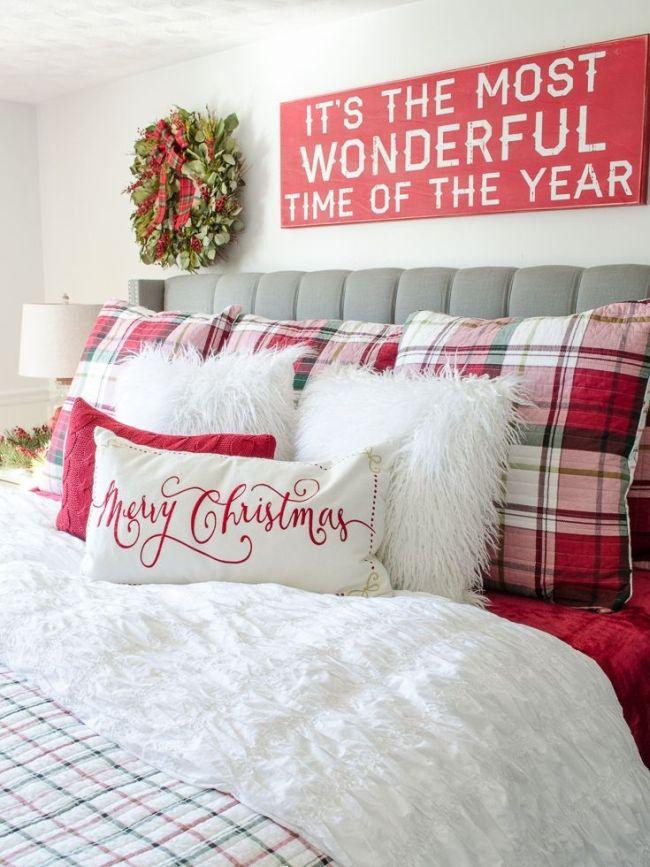 red message board for red theme christmas room decor