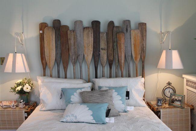 Rustic Beach Decor With Oar Headboard. Beach Themed Bedroom Accessories