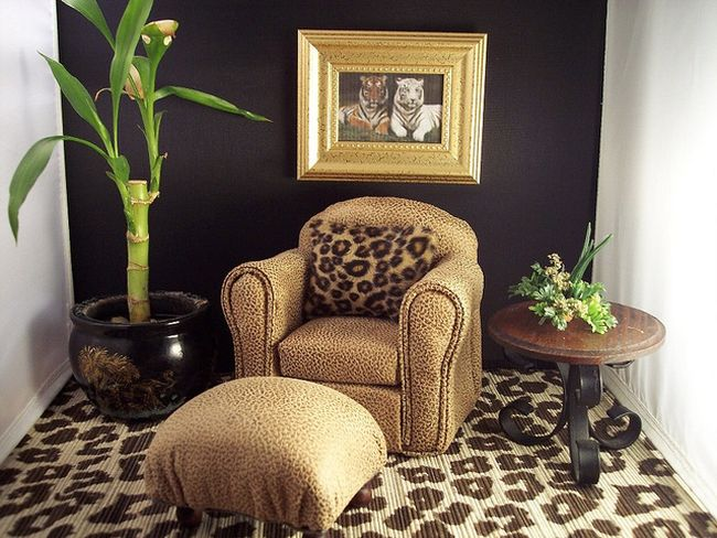 Leopard Print Sofa And Ottoman