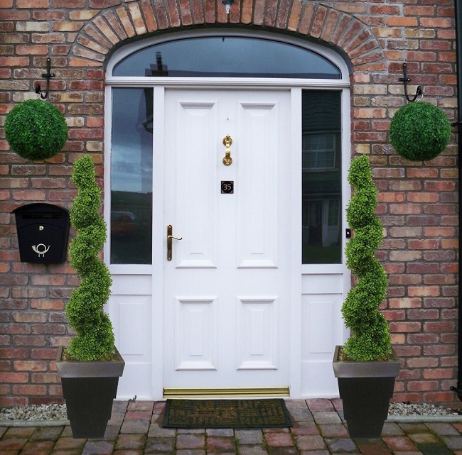 Front Door Planter Ideas 36 Plants For Front Door