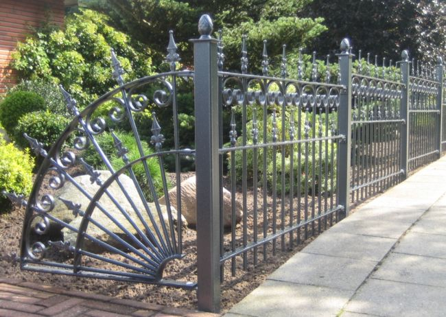 Metal Fence Designs