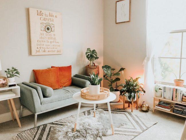 Decorating a Rental Bedroom